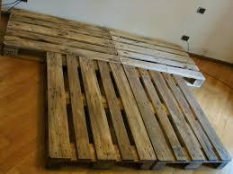 costruire letto giapponese wearecomplicated letto con pallet bancali costruzione e consigli