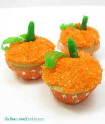 mini pumpkin cupcakes dessert for thanksgiving or fall