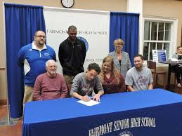 Letter Of Intent College Football by Fshs U0027s Nuzum Smith Sign To Play College Football Sports