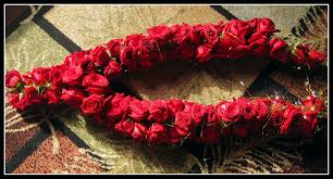 indian wedding flower garland the significance of flowers in indian weddings beneva weddings