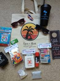 honeymoon essentials gifts packing your destination wedding guests gift bags oot welcome