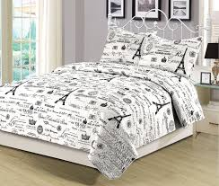 eiffel tower girls bedding amazon com queen quilt set 3 piece paris eiffel tower black and