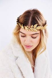 wedding headpieces 16 wedding headpieces that prove bling is back a practical wedding