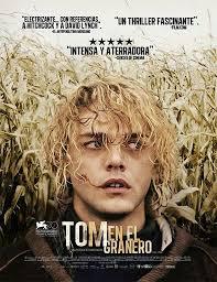 Tom à la ferme (Tom en el granero)