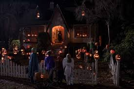 halloween u0027s coming a look at great halloween films through the
