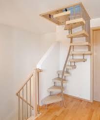 treppe zum dachboden kenngott treppen bequemes treppensteigen auf engem raum