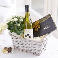 Wine Gift Delivery White Wine Gift Basket Florist Online Isle Of Wight Flowers