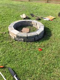 remodelaholic diy retaining wall block fire pit