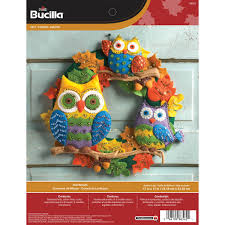 bucilla seasonal felt home decor owl wreath 86562
