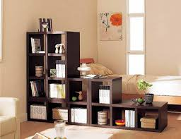 great living room shelf decor ideas using book and bookcase as