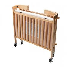baby crib foldable natural wood hotellitarbed