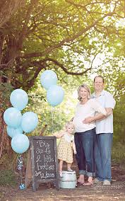 gender reveal announcements shannon lankford photography bloomington normal illinois newborn