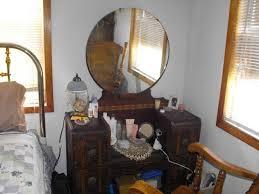 White Glass Top Bedroom Furniture Home Decoration Top Corner Bedroom Vintage Vanities For Bedrooms