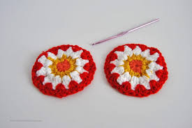 crocheted christmas crocheted christmas ornaments free pattern sparkles of