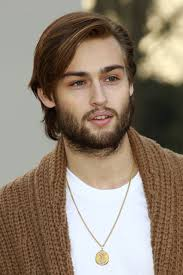 hair style photo booth douglas booth height weight body statistics girlfriend healthy celeb