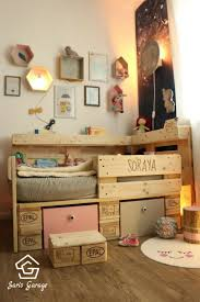 recycled materials for home decor 17963 best recycled pallets ideas u0026 projects images on pinterest