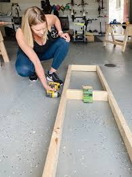 how to build a base for cabinets to sit on how to build basic cabinet boxes with kreg