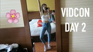 vidcon day 2 doing the worm in public u0026 more youtube