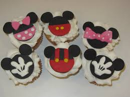 minnie mouse cupcakes mickey minnie mouse cupcakes kosher cakery