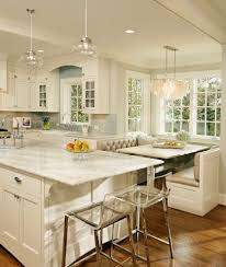 traditional kitchen with pendant light breakfast bar in bellevue