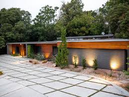 mid century modern home fixer upper waco mid modern as seen on fixer upper stay in the