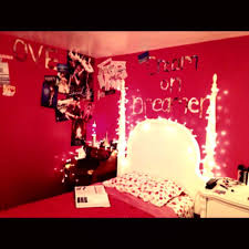 Cool Wall Decoration Ideas For Hipster Bedrooms Bedroom Furniture Medium Hipster Bedroom Decorating Ideas Cork