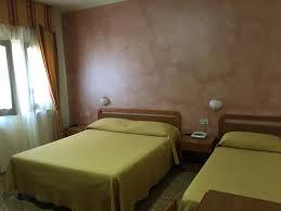 Hotel Vallisdea Sala Consilina Italy Booking Com