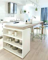table cuisine plan de travail plan de travail avec rangement table en bois assortie avec