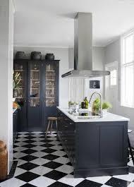 carrelage cuisine damier noir et blanc étourdissant carrelage cuisine damier noir et blanc inspirations
