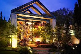 Professional Landscape Lighting What Is Professional Landscape Lighting