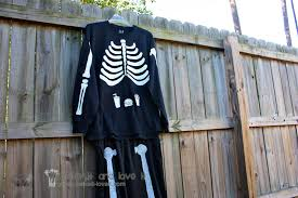 Halloween Shirt For Pregnant Women by Our Last Minute Costumes Pregnant Skeleton And Matching