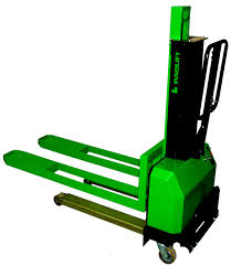 innolift iv300 700 self loader electric lifter