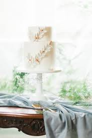 Wedding Cake Surabaya Three Tier Wedding Cake Decorated With Fresh Flowers Two Dog