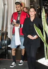 chris brown s tour manager quits claiming she felt unsafe after he