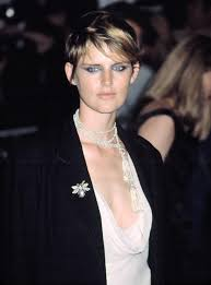 chicos model short dark hair 9 famous models with short hair short haired beauties