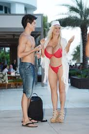 valeria lukyanova and ken pictures human ken and human barbie have been hanging out at the