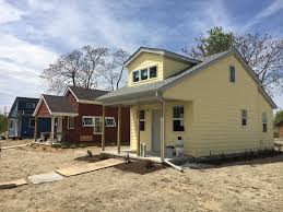 modular home builder tour the tiny home community in detroit