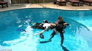 padi rescue exercise 7 rescue diver divemaster and idc youtube