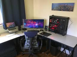 interessante setup pc laptop a game room project pinterest