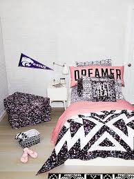 Colorful Comforters For Girls Best 25 Pink Bedding Set Ideas On Pinterest Light Pink Rooms