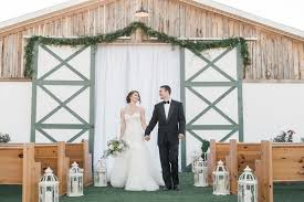 rustic wedding for a rustic country wedding