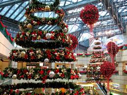 suspended holiday mall decors recherche google inspiration de