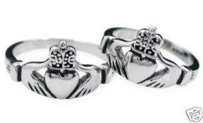 claddagh wedding ring set handcast 925 silver set of 2 matching claddagh wedding rings