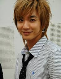 [Super Junior] Forever Saphire - Page 3 Images?q=tbn:ANd9GcT7iRk36E7CFs7BvlD2Y-PLxdXGVo68g-7diECndrVHyQWfEso&t=1&h=190&w=146&usg=__hvoqSgN_-a_Gj8TkJuuHRvmB4Bg=