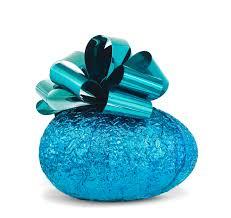 blue easter eggs the ultimate easter egg by famed artist jeff koons london