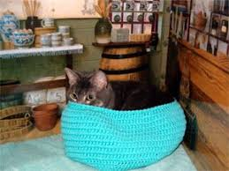 knitting pattern cat cave a bed for your cat free patterns to knit and crochet