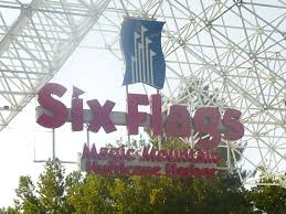 Six Flags Fort Worth More Kids Than Suitcases Six Flags Magic Mountain