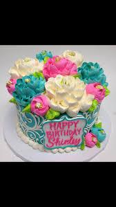 White Flower Cake Shoppe - sweet little buttercream cake by the white flower cake shoppe