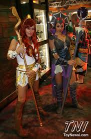 Teela And Evil Lyn - sdcc mattel s two face figu wait is that teela and evil lyn