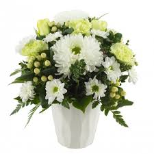 deliver flowers today flowers to templestowe same day flower delivery and gifts melbourne